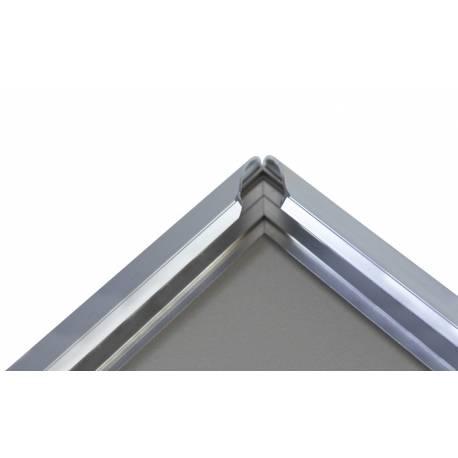 Marco de aluminio detalle sistema click
